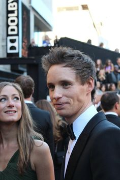 Eddie redmayne on the 2013 oscars red carpet