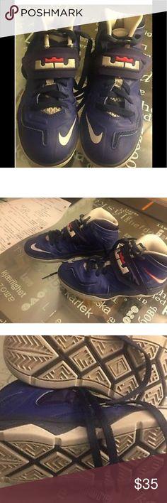 premium selection 8b61f 5ac3c Nike Lebron James Soldier Zoom VII size Boys Nike Lebron James solider 7  like new Nike Shoes Sneakers
