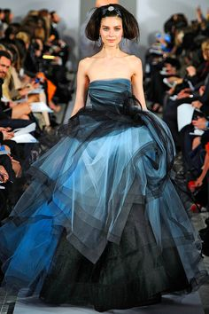 Oscar de la Renta Fall 2012 RTW - Review - Collections - Vogue#/collection/runway/fall-2012-rtw/oscar-de-la-renta/47