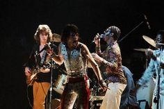 Mick Taylor & Mick Jagger performing with Stevie Wonder at Madison Square Garden, 1972. - BackintheUSA - Google+