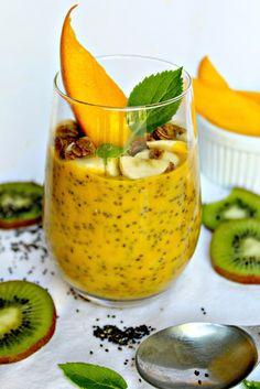 pür.body.nutrition: COCONUT MANGO CHIA PUDDING