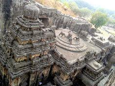 El enigmático templo Kailasa en las cuevas de Ellora, India, ha tenido fascinado a los investigadores y turistas durante siglos. Es una construcción impresionante que señala que hace miles de años, las culturas antiguas eran mucho más avanzadas que lo que los académicos convencionales les acreditan.