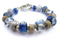 Armband mit handgewickelten Glasperlen   Lampwork  von glückskind-design auf DaWanda.com Glass Jewelry, Jewelry Box, Glass Beads, Jewelry Necklaces, Bracelets, My Glass, Lampwork Beads, Pandora Charms, Etsy