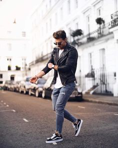 Fascinating Tips: Urban Fashion Casual Summer Outfits urban wear for men style inspiration.Urban Wear For Men Summer urban fashion shoot street style. Urban Street Fashion, Dope Fashion, Mens Fashion, Fashion Fall, Fashion Guide, Fashion Menswear, Fashion Shoot, Sport Fashion, Fashion Styles