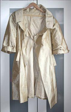 selbstgenähter Mantel aus Dupionseide