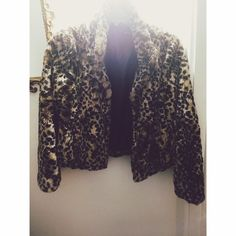 Leopard print furr coat Has been worn but good condition! True to size could also fit a large Vintage Jackets & Coats