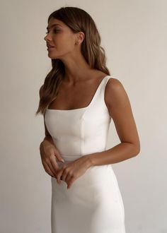 Minimalist style by our parents UJ. Dress without skirt 430 Video Size chart 2 4 6 8 10 12 14 16 18 20 22 24 Plain Wedding Dress, Elegant Wedding Dress, Best Wedding Dresses, Wedding Gowns, Crepe Wedding Dress, Party Dresses, Elegant Gown, Garden Wedding Dresses, Luxury Wedding Dress