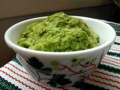 Pea Pesto / Hernepesto (vegan, gluten-free / vegaaninen / gluteeniton) Vegan Recipes, Gluten Free, Japanese, Ethnic Recipes, Food, Glutenfree, Japanese Language, Essen, Sin Gluten