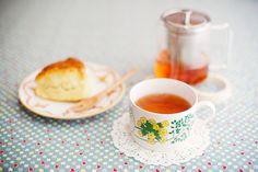 rose tea & plain scone #tea #teacup #scone