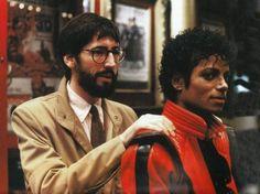 Michael Jackson getting a quick massage