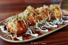 Takoyaki たこ焼き octopus fritters! Tasty!