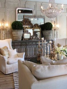 Shabby Home Vintage Living - Lisa Luby Ryan French Country Living Room, French Country Style, Country Chic, Rustic French, Wine Country, Living Room Furniture, Living Room Decor, Living Spaces, Entryway Furniture