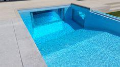 Ventanas de piscina tranparentes fáciles de montar Outdoor Decor, Home Decor, Pools, Windows, Gardens, Majorca, Decoration Home, Room Decor, Home Interior Design