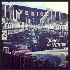 """""""Pau Gasol, la última jugada de una leyenda del baloncesto"""", en @elpaissemanal y en www.alvarocorcuera.com/?project=pau-gasol-la-ultima-jugada-de-una-leyenda-del-baloncesto Venice, Times Square, Travel, Basketball, Legends, Viajes, Venice Italy, Destinations, Traveling"""