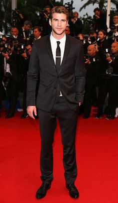 Liam Hemsworth (in Dolce & Gabbana) at the premiere of 'Jimmy P. (Psychotherapy of a Plains Indian)'
