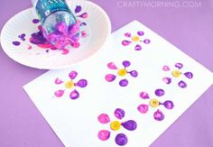 15 pretty Easter flower crafts for kids of every age, from easy to whoa! Summer Crafts, Diy Crafts For Kids, Craft Ideas, Spring Activities, Activities For Kids, Water Bottle Crafts, Button Flowers, Paper Flowers, Painting For Kids