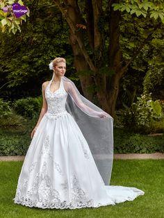 Robe de mariée Envoûtement, robe de mariée princesse, robe de mariage chez Point…