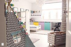 Gdynia stara kamienica - Średni pokój dziecka dla chłopca dla dziewczynki dla rodzeństwa dla malucha, styl skandynawski - zdjęcie od Meblościanka Studio