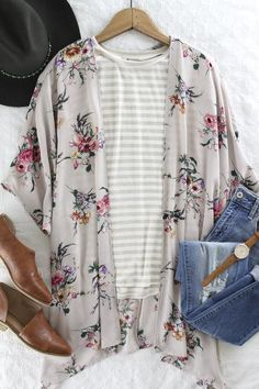 Blush Floral Print Kimono. Blush colored floral print kimono. Lightweight kimono. Layering piece. Transitional piece. Spring fashion. Spring trend. Spring outfit inspo. New arrivals at therollinj.com.