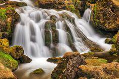 Iceland-Moss-Cascades