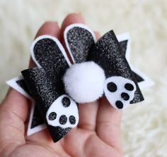 These Cute Bows Are Perfect For Your Lit - Diy Crafts - Marecipe Diy Hair Bows, Making Hair Bows, Diy Bow, Diy Ribbon, Ribbon Crafts, Diy Crafts, Baby Bows, Baby Headbands, Bow Template