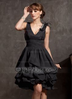 A-Line/Princess V-neck Knee-Length Chiffon Lace Cocktail Dress With Ruffle Lace Beading Feather - JJsHouse Mob Dresses, Fashion Dresses, Formal Dresses, Ruffle Beading, Beaded Lace, Pretty Black Dresses, Beautiful Dresses, White Cocktail Dress, Cocktail Dresses