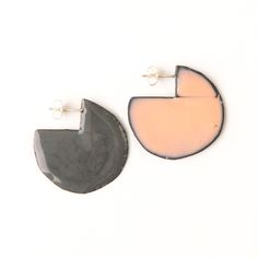 'Enfold' earrings - round Stormcloud & Light Pink (double sided so that the same colour faces outwards) vitreous enamel, copper & sterling Silver Vitreous Enamel, Round Earrings, Copper, Faces, Victoria, Jewellery, Sterling Silver, Pink, Polish