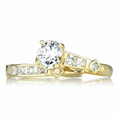 Gold Engagement Rings In Boxes 15