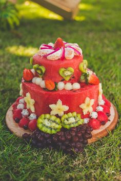 Ideas birthday cake healthy fruit for 2019 Healthy Cake, Healthy Fruits, Cake Original, Fruits Decoration, Fresh Fruit Cake, Fruit Cakes, Healthy Birthday, Fruit Birthday Cake, Watermelon Cake