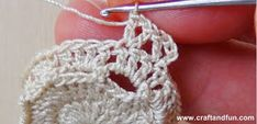 It is a website for handmade creations,with free patterns for croshet and knitting , in many techniques & designs. Bead Crochet, Free Crochet, Crochet Wedding Favours, Easter Crochet Patterns, Crafts For Seniors, Easter Art, Crochet Diagram, Crochet Accessories, Handicraft
