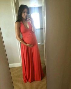 Fashionable maternity outfits ideas for summer and spring 61