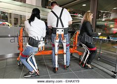 Ingolstadt, Germany - March 10, 2015: Audi Annual Press Conference 2015 with the new Chairless Chair from Swiss Company Noonee AG © Mandoga Media/Alamy Live News Stock Foto