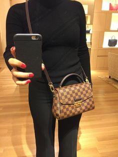 2019 New Collection For Louis Vuitton Handbags LV Bags to Have. 2019 New Collection For Louis Vuitton Handbags LV Bags to Have. Louis Vuitton Purses, Crossbody Louis Vuitton, Vuitton Bag, Popular Handbags, Cute Handbags, Purses And Handbags, Cheap Handbags, Cheap Bags, Hobo Purses