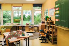 Conference Room, Table, Furniture, Home Decor, Chemnitz, Elementary Schools, Homemade Home Decor, Meeting Rooms, Tables