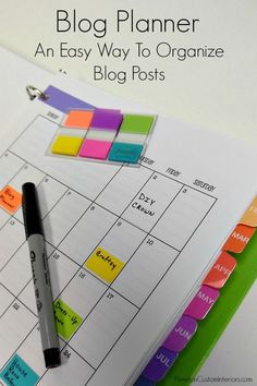 Blog Planner from NewtonCustomInteriors.com. Learn how to organize your blogging life with this detailed planner with free printables.