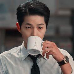 Korean Male Actors, Korean Celebrities, Asian Actors, Song Joong, Song Hye Kyo, Drama Korea, Korean Drama, Soon Joong Ki, Grunge Couple