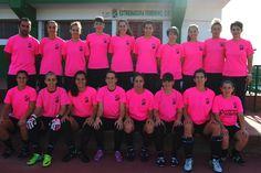 ¿Quieren saber lo que es ganar en el deporte? Comprometerse con  acciones como la de hoy.  #DiaMundialCancerMama #sumatealrosa  #futfem #futbolfemenino #Extremadura #EFCF #Almendralejo