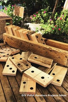 Diy furniture easy - Awesome Pallet Furniture project designs for you for your rooms DIY Pallet Furniture Design No 8590 pallet furniture pallet bedroom furniture pallet patio furniture Pallet Furniture Designs, Wooden Pallet Furniture, Diy Pallet Furniture, Wood Pallets, Simple Furniture, Pallet Wood, Rustic Furniture, Cheap Furniture, Pallet Porch