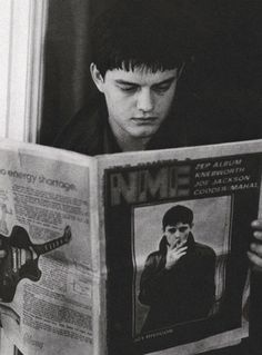Sam Riley as Ian Kevin Curtis, lead singer of Joy Division - Control 2007 directed by Anton Corbijn Sam Riley, Ian Curtis, Pop Rock, Rock N Roll, Music Icon, My Music, Rock Music, Daft Punk Unmasked, The Beatles