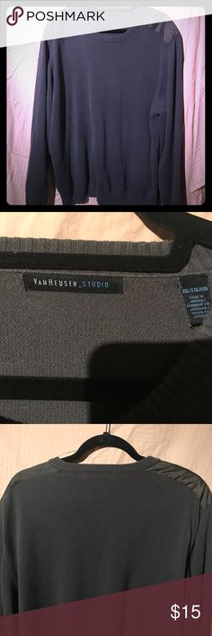 Van huesen XXL sweater pullover w shoulder patches New only tried on and washed, roomy for layering, comfy, soft not scratchy shoulder patches add a nice touch Van Heusen Sweaters Crewneck