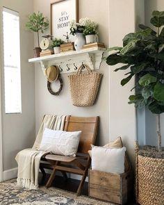 home decor recibidor - Romantic Home Decor, Cute Home Decor, Fall Home Decor, Living Room Decor, Bedroom Decor, Decoration Entree, Home Decor Accessories, Entryway Decor, Home Goods