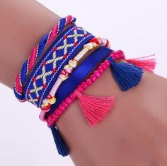Artisanal items with the hippie bohemian style from the Moroccan culture : fashion, Decoration, home design, and Art items only in Artisalos Bohemian Bracelets, Colorful Bracelets, Handmade Bracelets, Fashion Bracelets, Charm Bracelets, Hippie Headbands, Wedding Types, Hippie Bags, Lace Up Sandals