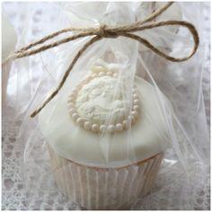Vintage cameo cupcakes www.facebook.com/TiersTiaras