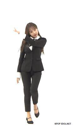 [아이즈원] 조유리 Yuri Gif, Yoon Sun Young, Japanese Girl Group, Kpop, Celebrities, Fashion, Moda, Celebs, Fashion Styles