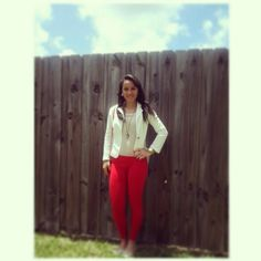 Red leggings outfit Red Leggings, Red Pants, Kicks, Vogue, My Style, Fall, How To Wear, Outfits, Clothes