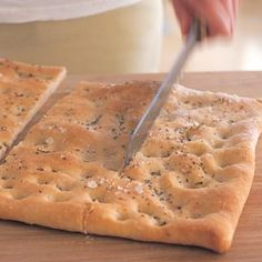 Flatbread with Rosemary and Olive Oil :: This easy-to-mix yeast dough comes together quickly in a food processor From: Williams Sonoma, please visit Love Food, A Food, Food And Drink, Bread Recipes, Cooking Recipes, Cooking Games, Copycat Recipes, Best Pizza Dough, Healthy Chicken Recipes