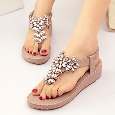 e59047a6e856d4 Bohemia Rhinestone Bead Crystal Shiny Clip Toe Elastic Flat Beach Sandals  is comfortable to wear. Buy Trends