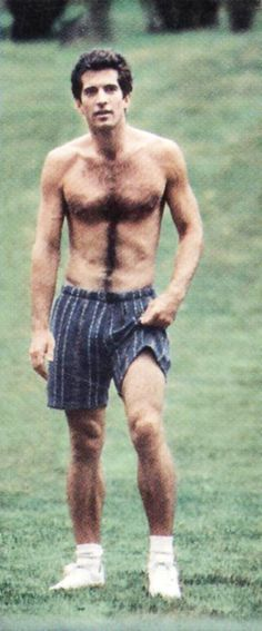 John F Kennedy Jr. at Central Park, Best Picture For hairy chest For Your Taste You are lookin Jackie Kennedy, Los Kennedy, Carolyn Bessette Kennedy, Southampton, John Junior, Jfk Jr, Shirtless Men, Sport Man, Hairy Men
