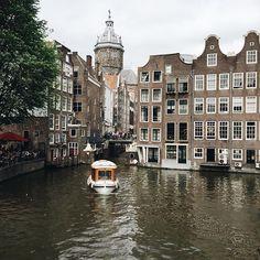 alittlebitoflace:  Yas in Amsterdam
