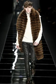 Fur Time New trends , Fashion shows details